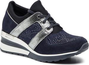 Sneakersy Quazi w sportowym stylu sznurowane ze skóry