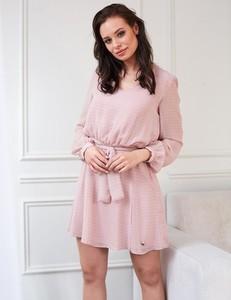 Różowa sukienka Misha z tkaniny mini rozkloszowana