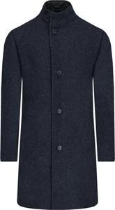 Granatowy płaszcz męski Hugo Boss