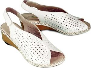 Sandały Rieker ze skóry