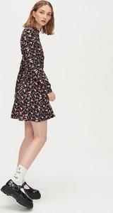 Sukienka Cropp w stylu casual mini