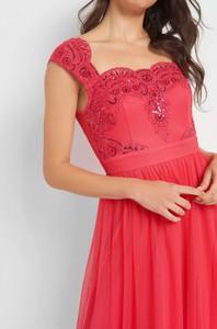 Czerwona sukienka ORSAY z dzianiny w stylu glamour bez rękawów