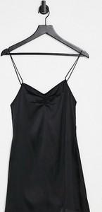 Sukienka Reclaimed Vintage z dekoltem w kształcie litery v
