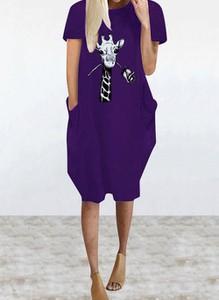 Fioletowa sukienka Cikelly z krótkim rękawem w stylu casual z okrągłym dekoltem