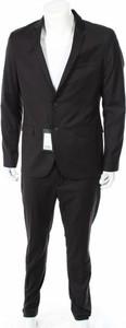 Czarny garnitur Kiomi