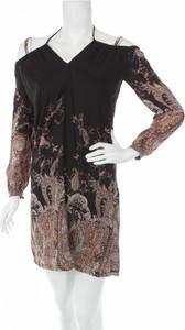 Sukienka Renuar mini z dekoltem w kształcie litery v