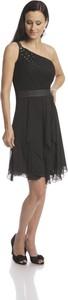 Czarna sukienka Fokus asymetryczna bez rękawów midi