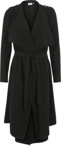 Czarny płaszcz object