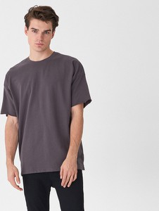 Granatowy t-shirt House z krótkim rękawem
