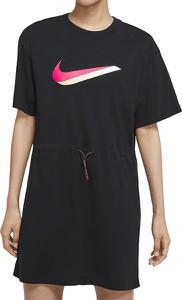 Sukienka Nike z bawełny mini z krótkim rękawem
