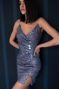 Sukienka Popatu z dekoltem w kształcie litery v