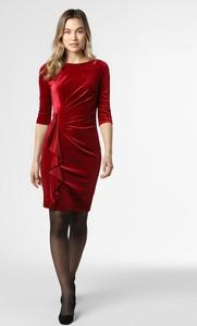 Czerwona sukienka Paradi z okrągłym dekoltem
