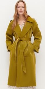 Żółty płaszcz Reserved z tkaniny