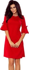 Sukienka NUMOCO z okrągłym dekoltem rozkloszowana z długim rękawem
