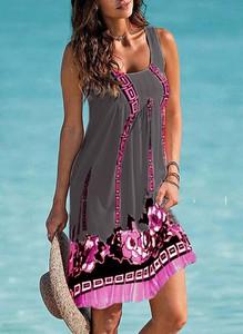 Sukienka Cikelly na ramiączkach mini w stylu casual