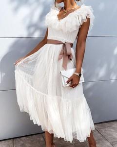 Sukienka Kendallme dopasowana z tiulu hiszpanka