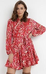 Czerwona sukienka born2be z tkaniny mini