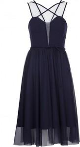 Sukienka VISSAVI mini z okrągłym dekoltem