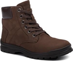 Brązowe buty dziecięce zimowe Geox sznurowane z nubuku