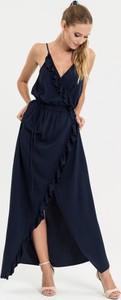 Czarna sukienka diversesystem z tkaniny maxi z dekoltem w kształcie litery v