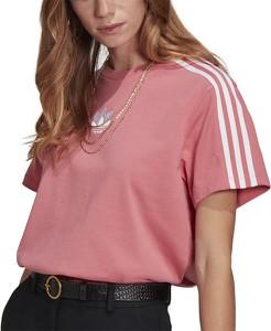 Różowy t-shirt Adidas w sportowym stylu z dzianiny z okrągłym dekoltem