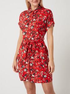 Czerwona sukienka Vero Moda z krótkim rękawem z kołnierzykiem mini