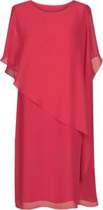 Sukienka Fokus z dzianiny asymetryczna z okrągłym dekoltem