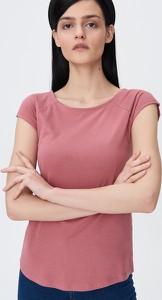 Różowy t-shirt Sinsay z okrągłym dekoltem