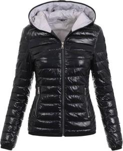Czarna kurtka fasoni.pl krótka w stylu casual
