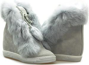 Sneakersy EXCLUSIVE ROBERTO sznurowane z zamszu w stylu klasycznym