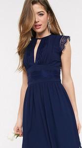 Niebieska sukienka Tfnc Tall rozkloszowana bez rękawów maxi