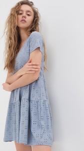 Niebieska sukienka Sinsay z kołnierzykiem z krótkim rękawem
