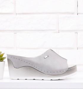 Klapki Yourshoes ze skóry ekologicznej