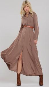 Sukienka Renee z kołnierzykiem w stylu casual