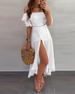 Sukienka Kendallme z krótkim rękawem z odkrytymi ramionami hiszpanka