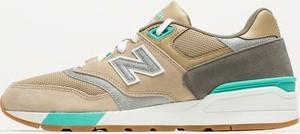 Brązowe buty sportowe New Balance sznurowane z zamszu