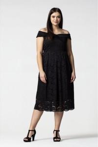 f4b63eee06c700 sukienki z koronki dla puszystych - stylowo i modnie z Allani