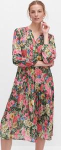 Sukienka Reserved z dekoltem w kształcie litery v midi w stylu casual