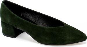 Zielone czółenka Alexio Giorgio ze spiczastym noskiem