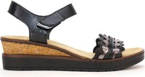 Czarne sandały Rieker na niskim obcasie ze skóry ekologicznej