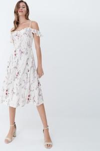 Sukienka Mohito trapezowa midi z okrągłym dekoltem