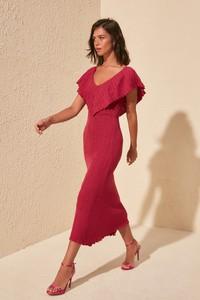 Czerwona sukienka Trendyol z krótkim rękawem z dekoltem w kształcie litery v