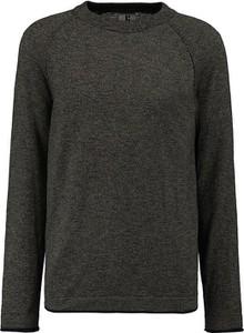 Czarny sweter Garcia w stylu casual z okrągłym dekoltem