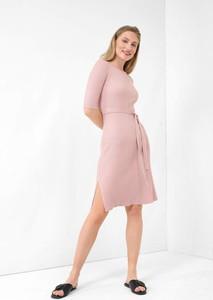 Różowa sukienka ORSAY z dzianiny w stylu casual
