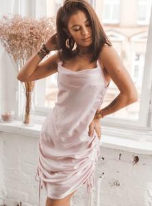 Sukienka SELFIEROOM na ramiączkach