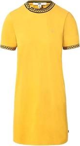 Żółta sukienka Vans w stylu casual z okrągłym dekoltem z krótkim rękawem