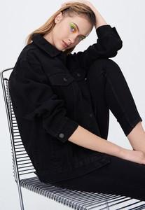 Czarna kurtka Sinsay krótka z jeansu