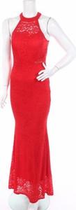 Czerwona sukienka Lady Hoo