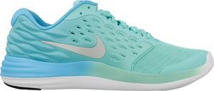 Turkusowe buty sportowe Nike