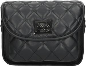 Czarna torebka NOBO w młodzieżowym stylu na ramię